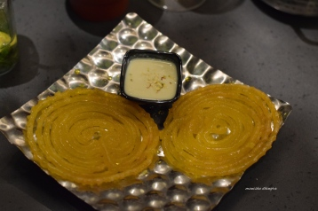 Jalebi With Rabri
