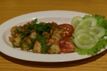 Stir fried prawns with garlic sauce